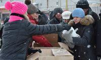 Бездомные и малоимущие ярославцы получили новогодние подарки