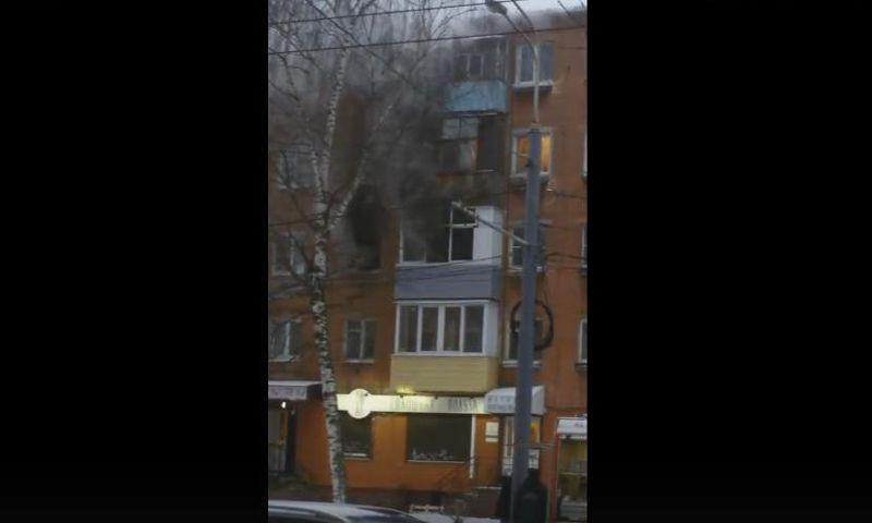 В центре Ярославля произошел пожар в пятиэтажке