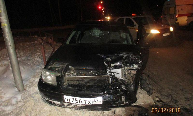 В Рыбинске столкнулись две иномарки: пострадали три человека