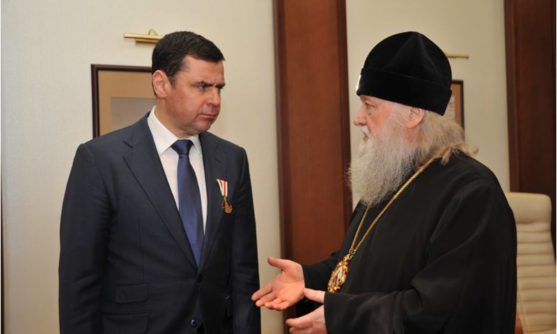 Дмитрий Миронов провел рабочую встречу с митрополитом Ярославским и Ростовским Пантелеимоном