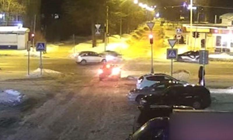 В Рыбинске в ДТП попали пять машин