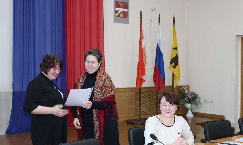 Семь многодетных семей получили земельные участки в Некрасовском районе