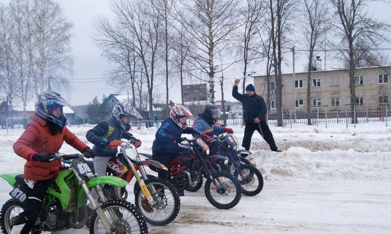 Под Ярославлем мотоциклисты устроят показательные выступления