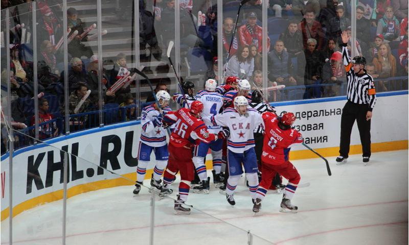 Хоккейное противостояние: в трех разных лигах в плей-офф Ярославль сразится с Питером
