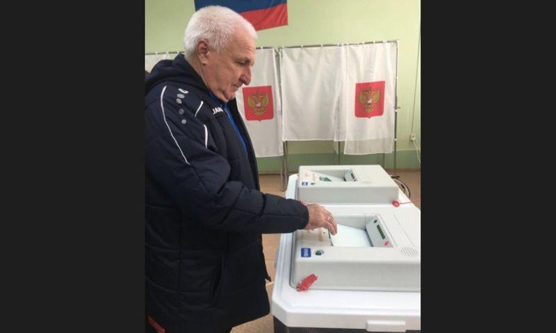 Главный тренер «Шинника» призвал ярославцев не быть равнодушными и прийти на выборы