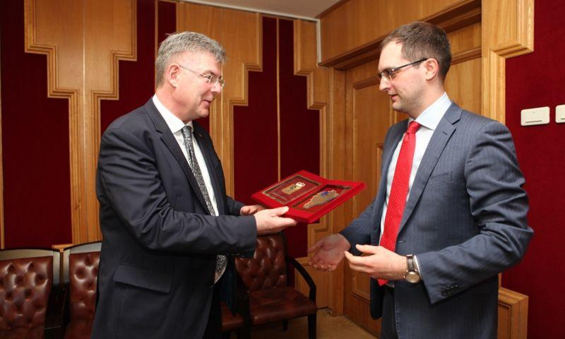 Ярославская область и земля Гессен планируют укрепление партнерских отношений в сферах фармацевтики и образования