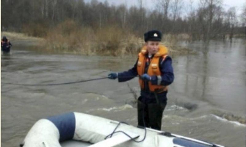 В Ярославской области затопило дорогу между двумя населенными пунктами
