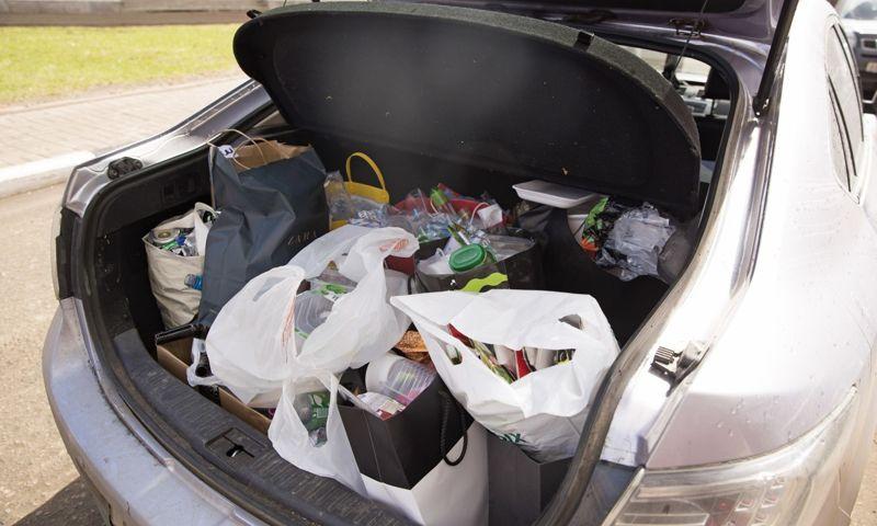 Копим пакеты целый месяц: как семья в Ярославле научилась сдавать мусор раздельно