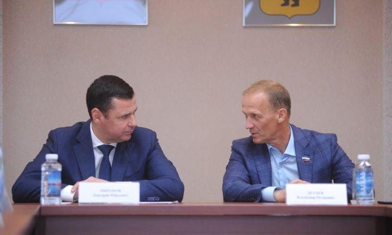 Дмитрий Миронов предложил Владимиру Драчеву провести Всероссийские соревнования по биатлону в «Демино»