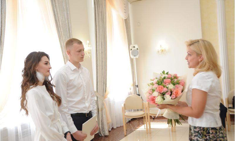 Дмитрий Миронов: в Ярославской области возобновились торжественные церемонии бракосочетания