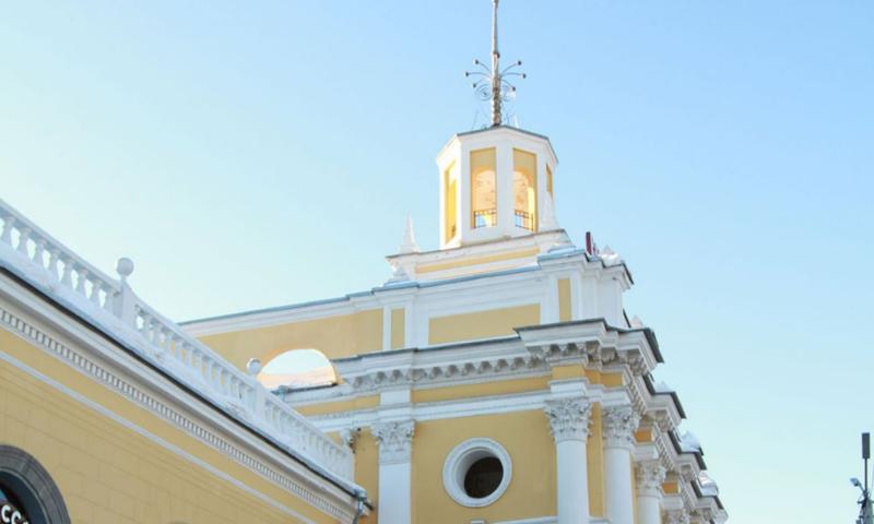 У пассажира на Ярославле-Главном рецидивист открыто похитил паспорт и деньги