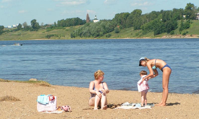 На всех ярославских официальных пляжах запрещено купаться – мэрия