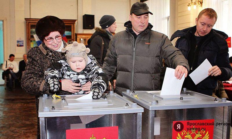 Инициативу Дмитрия Миронова о внесении поправки в закон о выборах поддержала Элла Памфилова