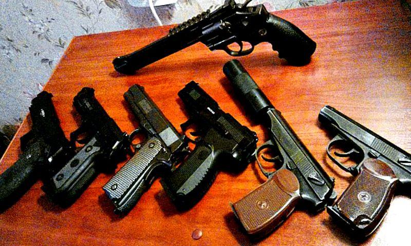 Меньше преступлений, больше нелегального оружия: в Генпрокуратуре рассказали о криминальной обстановке в области