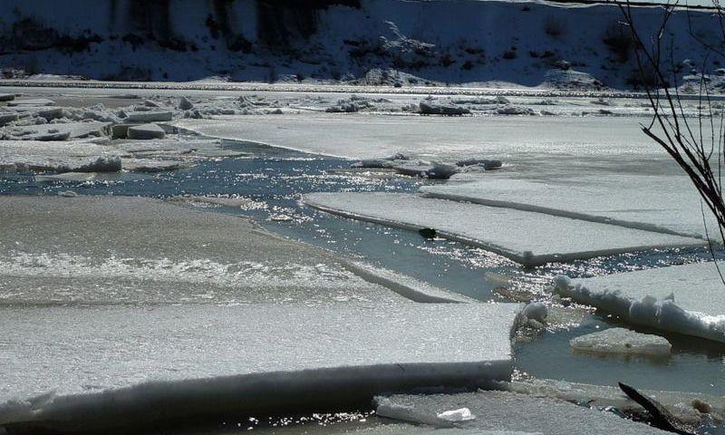 Рыбинское водохранилище заполнено: начинается сброс воды