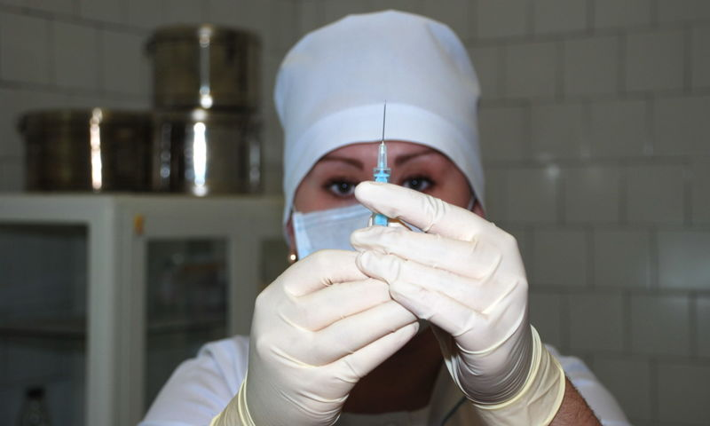 В Ярославскую область начали поставлять вторую вакцину от коронавируса