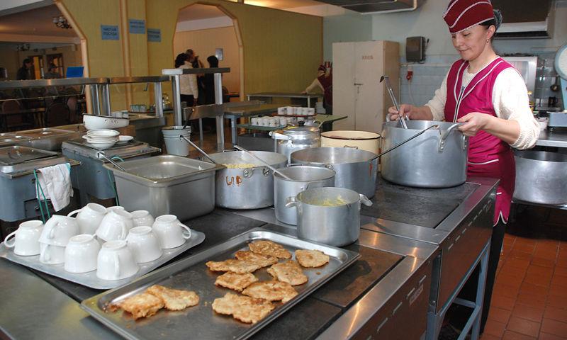 После предупреждения ФАС мэрия проведет аукцион по организации питания в детских садах Ярославля