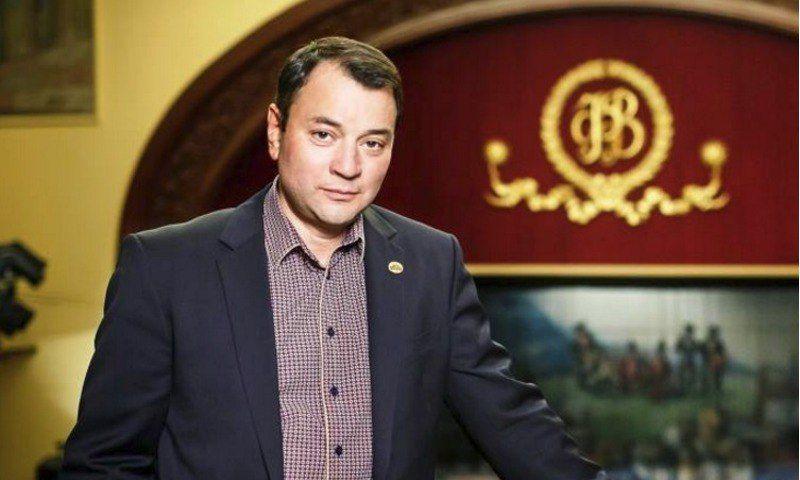 Директору Волковского театра вызвали скорую на заседание суда