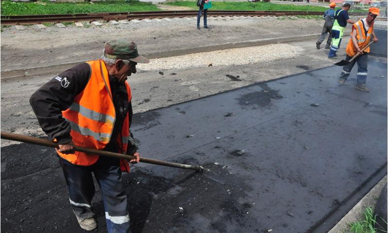 Более 200 ям ликвидировали в Ярославле за неделю