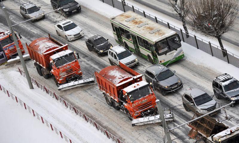 Директор Ярдорслужбы: до конца недели последствия снегопада на областных дорогах будут полностью ликвидированы