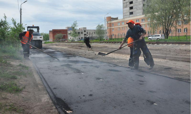 В Ярославле из-за неблагоприятных погодных условий вновь приостановили ремонт дорог