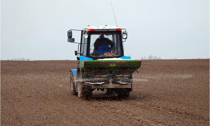 Правительство Ярославской области предпринимает меры по спасению урожая-2017