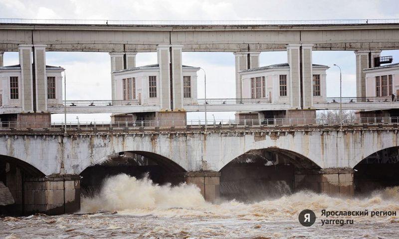 В Ярославской области в связи с началом половодья проверяют плотины и шлюзы