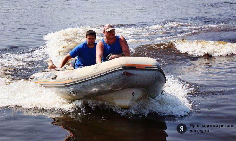 На Рыбинском водохранилище нашли огромное масляное пятно