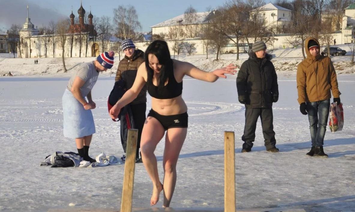 Нырять или не нырять. Крещение отпразднуют при действующем запрете выхода на лед