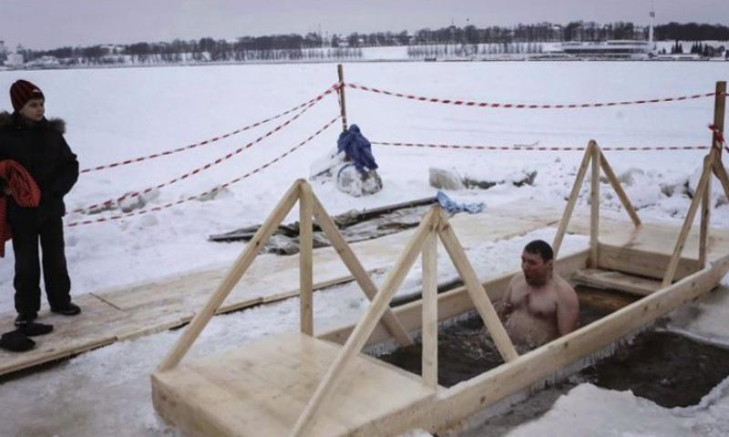 В крещенских купаниях в Ярославской области примут участие 20 тысяч человек