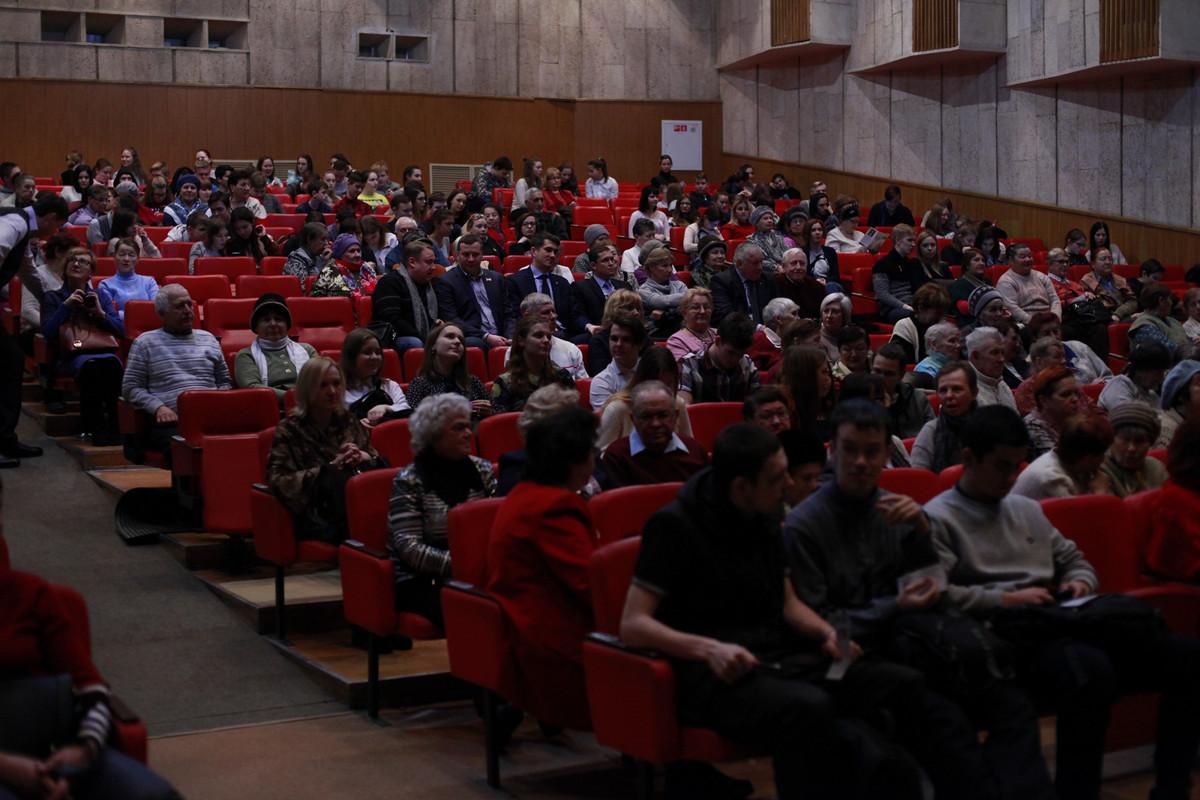 Две сотни человек пришли на вечер памяти Владимира Высоцкого