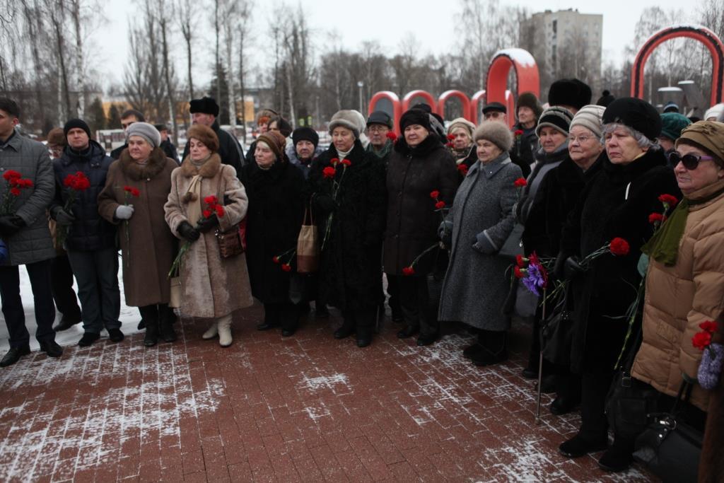 В День снятия блокады Ленинграда в регионе прошли памятные мероприятия