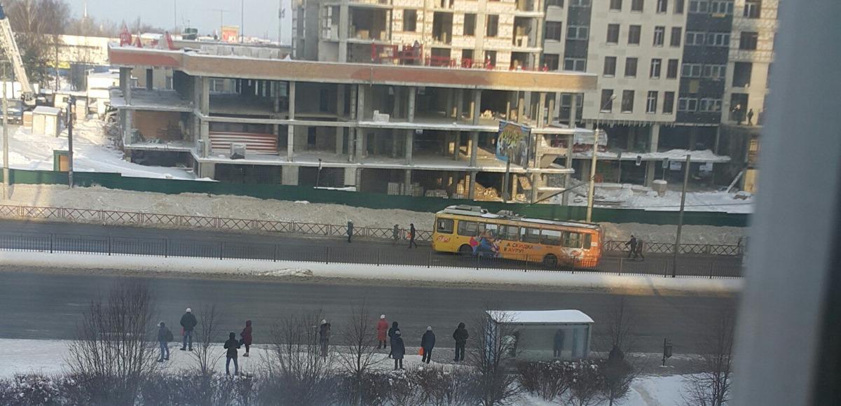 В Ярославле во время движения водитель троллейбуса потерял сознание