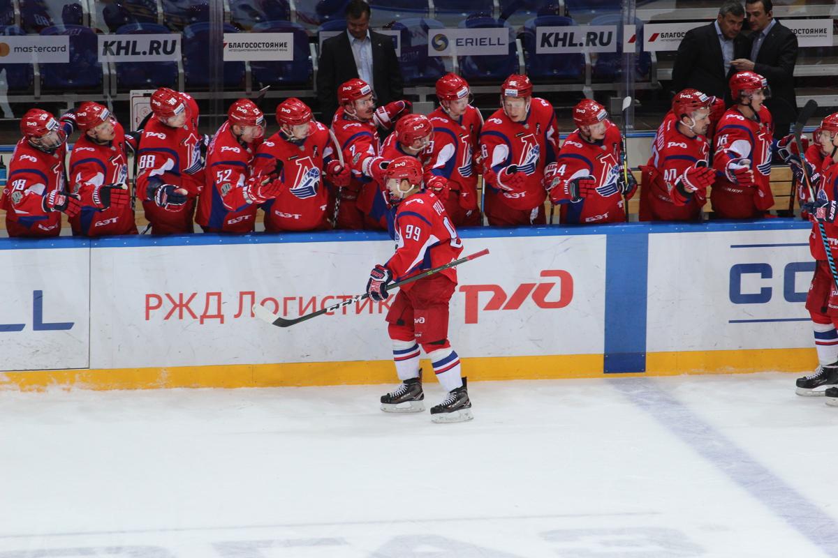 «Локомотив» обыграл «Северсталь» в турнире команд КХЛ