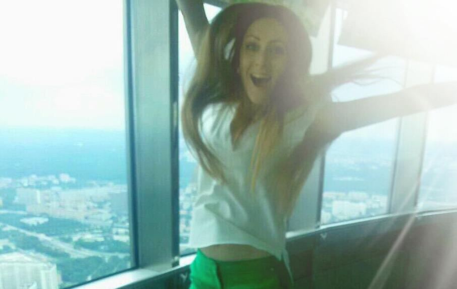 DJ Armin van Buuren представил 40-миллионной аудитории трек с участием ярославны: видео