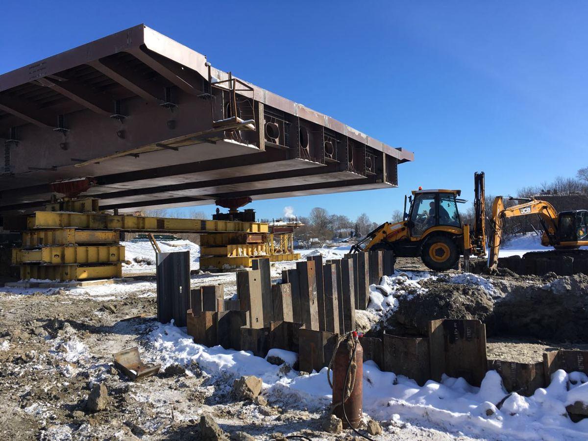 Строительство нового моста через Которосль в Ярославле: сделано уже 33 метра
