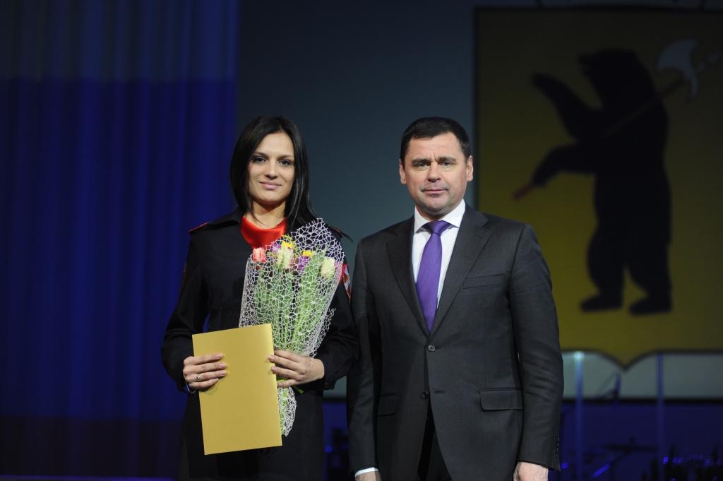 Дмитрий Миронов принял участие в празднике, посвященном 8 Марта