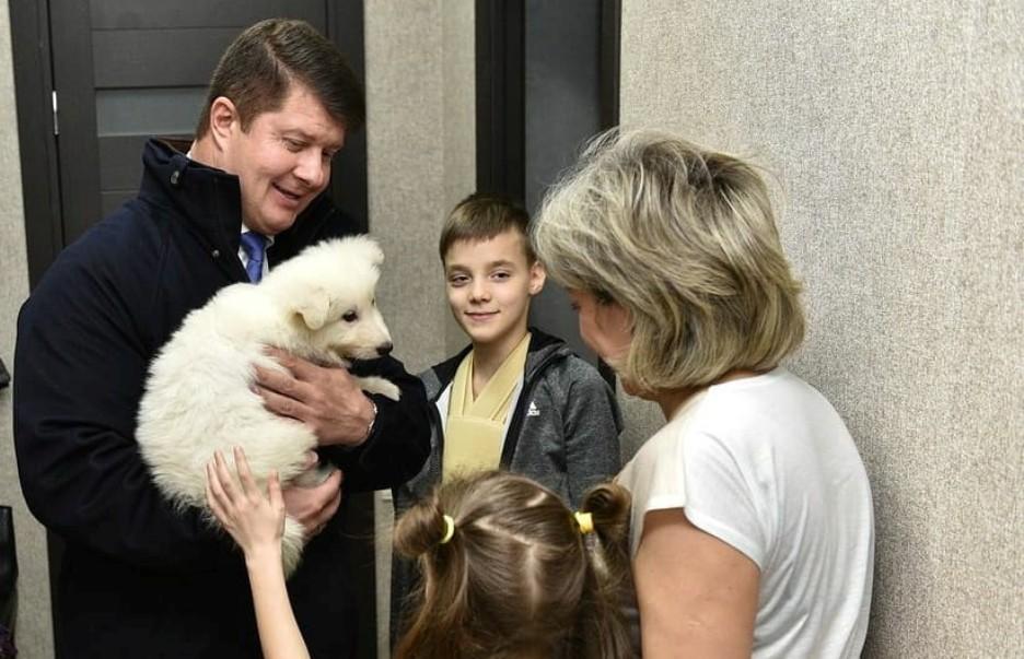 Ярославец получил собаку своей мечты от Владимира Путина