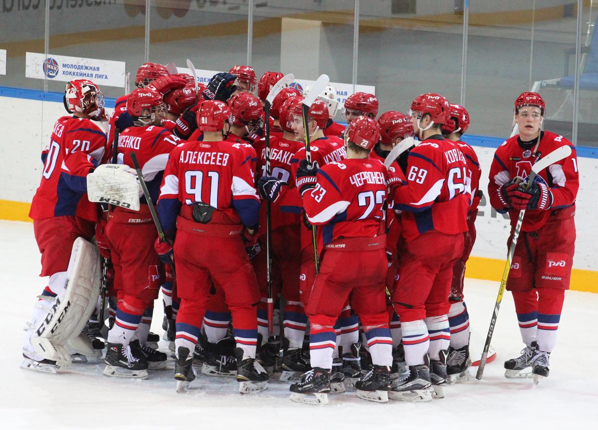 «Локо» в третий раз переиграл «Русских витязей» и вышел в 1/4 финала плей-офф