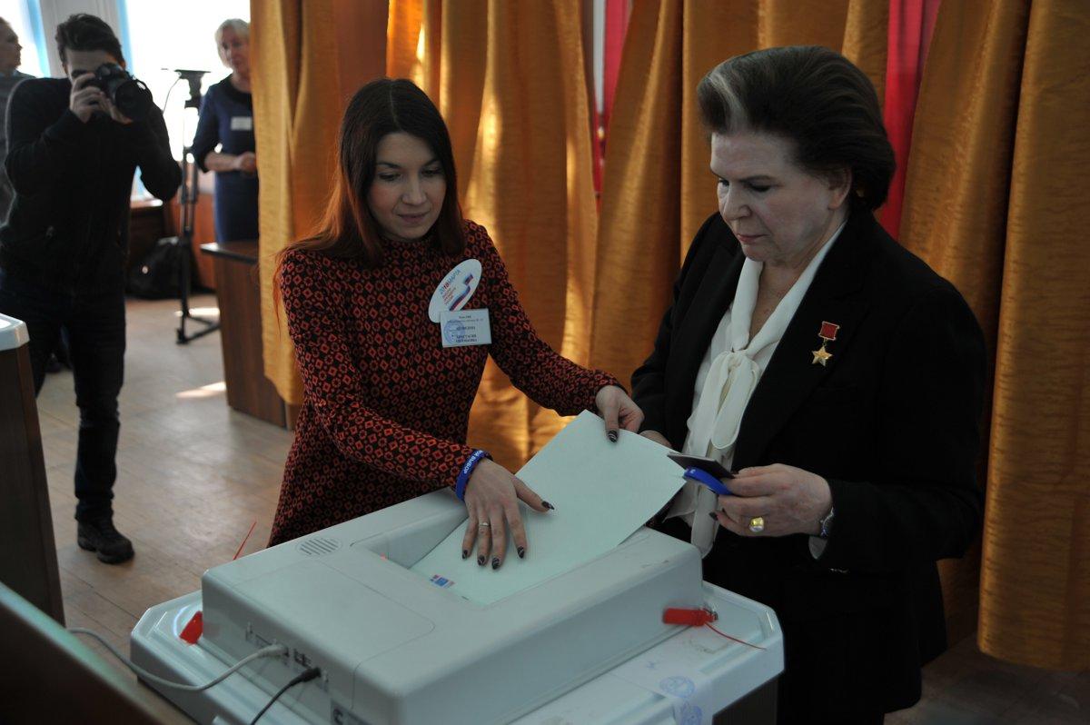 Валентина Терешкова: «Сегодня мы выбираем новую жизнь»
