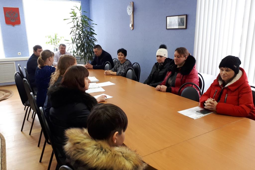 77 многодетных и молодых семей получили земельные участки в аренду без торгов