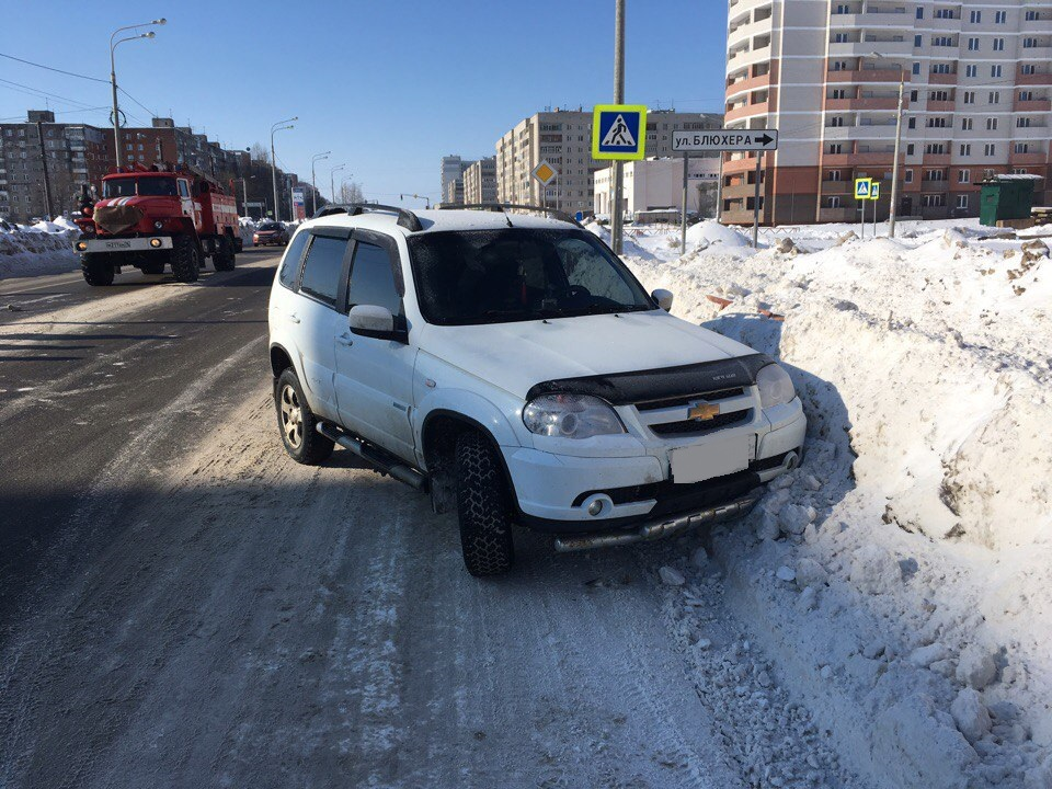 В Ярославле под колеса иномарки попала женщина