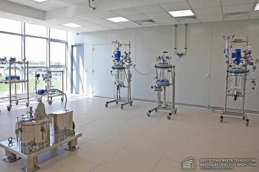 Крупнейший фармхолдинг «Ростеха» изучит возможности Центра трансфера фармацевтических технологий в Ярославле