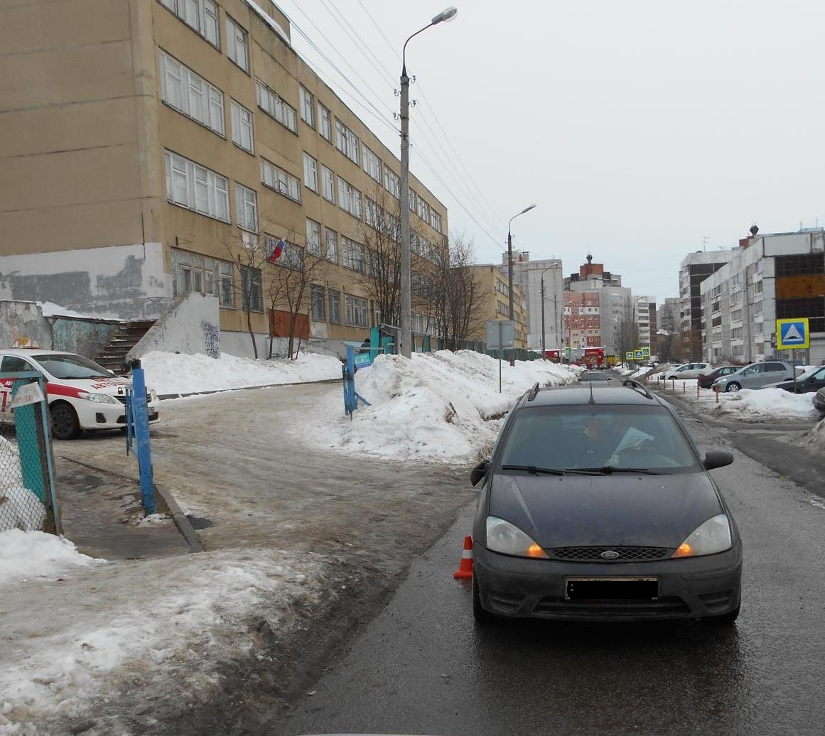 В Ярославле под колеса иномарки попал ребенок