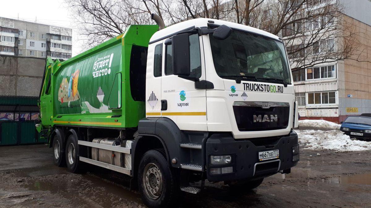 Директор УК в Ярославле: московские мусоровозы работают без нареканий