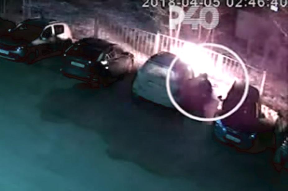 В Рыбинске подожгли дорогой «Мерседес»: ущерб оценен в 1,5 миллиона