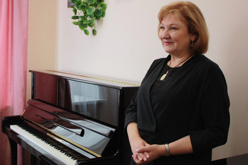 В музыкальные школы Ярославля передали десять новых фортепиано