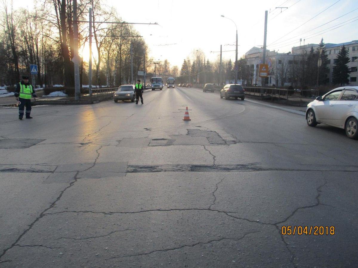 В Рыбинске в ДТП пострадала пассажирка автобуса