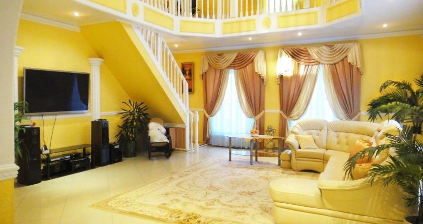 Сауны, каминные и бассейны: топ-5 самых дорогих домов Ярославля
