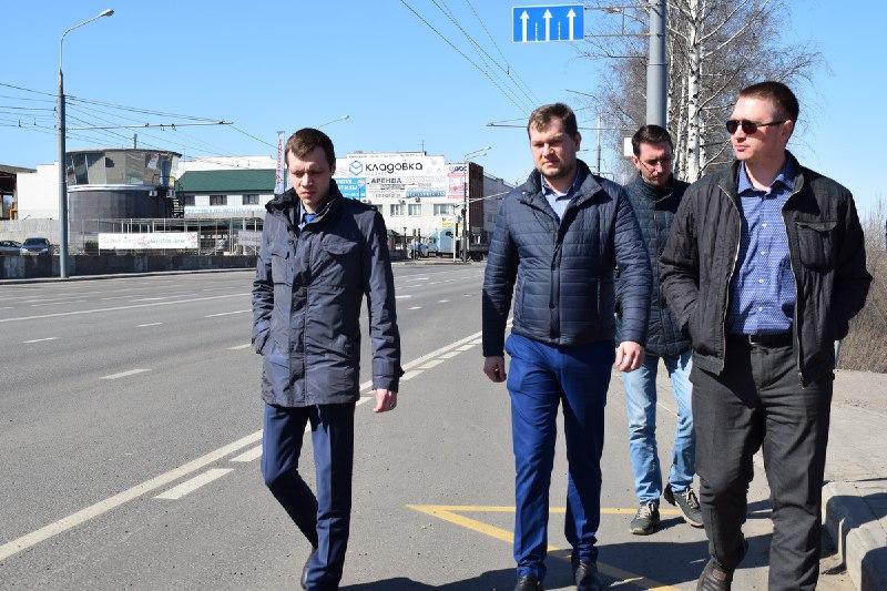 В Ярославле проверяют дороги, отремонтированные в прошлом году